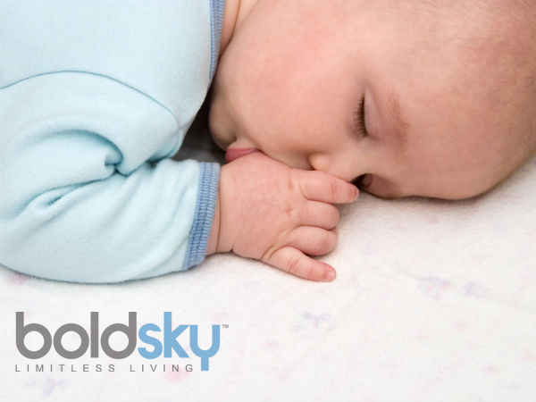 baby putting fingers in mouth is so good :study