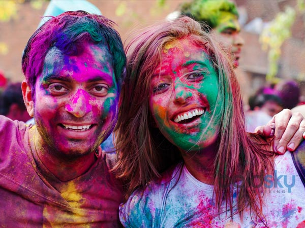 Allergic To Colours? Prepare These Organic & Natural Holi Colours At Home