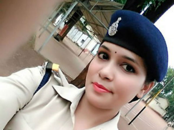 Married Off At Age 17, Filed For Divorce At 22; The Story Of 25-Year-Old DSP Anita Prabha