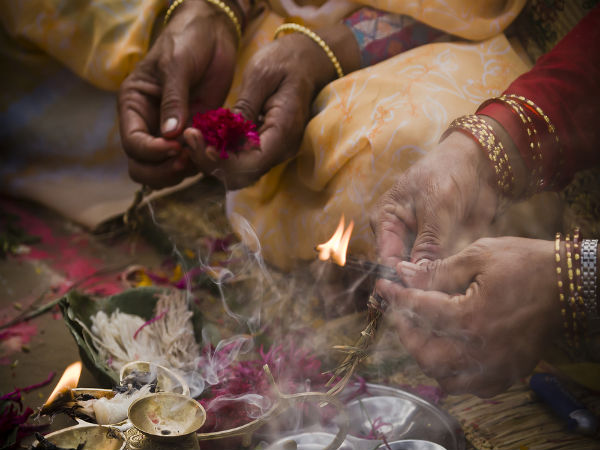 How To Perform Lakshmi Narayana Pooja On Akshaya Tritiya
