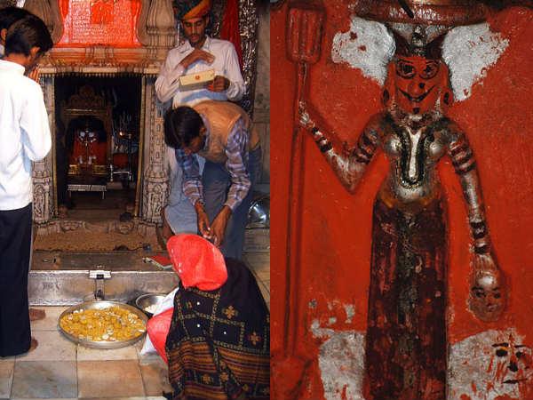 5. ఆలయం వద్ద దాదాపు 20 వేల ఎలుకలు తిరుగాడుతుండటం వెనక మరో జానపద కథ కూడా వినిపిస్తుంది.