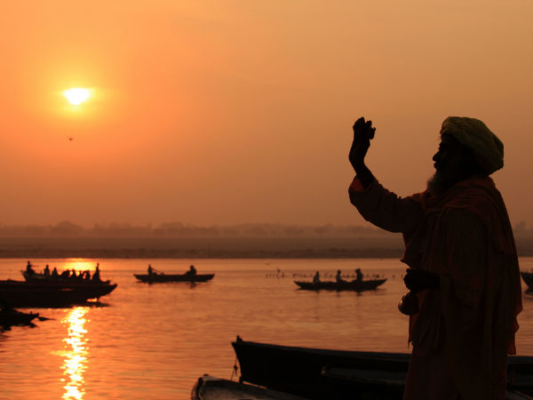 Why does the river ganga water not spoil even if kept for long time ?