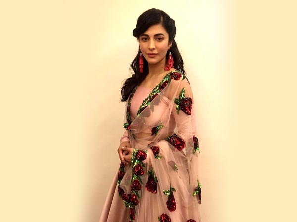 shruti haasan outfit for a wedding,