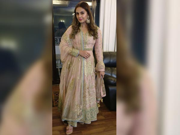 Huma Qureshi wedding looks