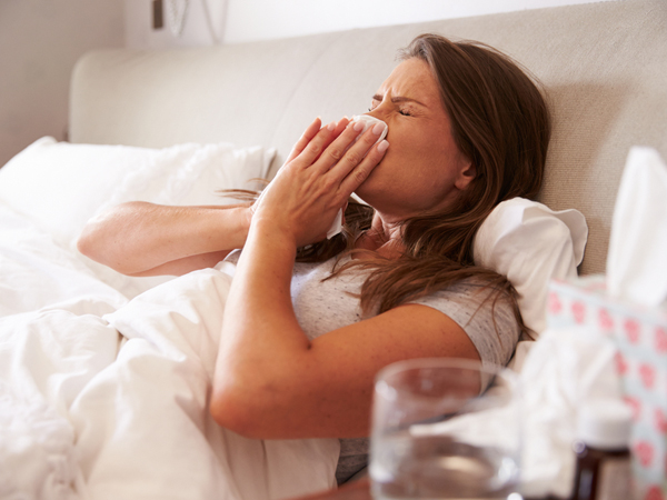 Top 11 Home Remedies For Continuous Sneezing