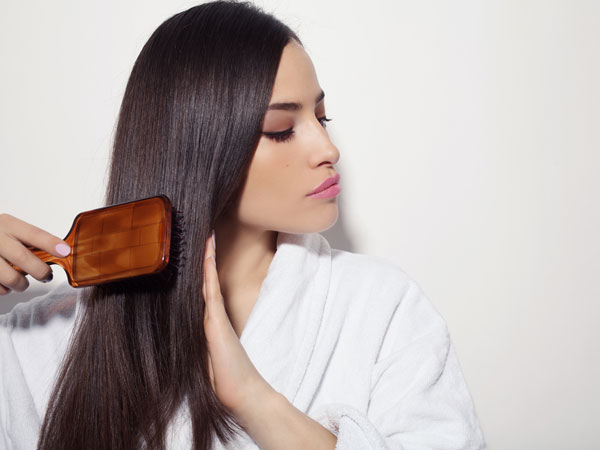 How to moisturize your scalp naturally