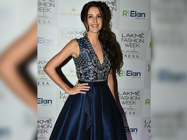 Isabella Kaif At The Lakme Fashion Week