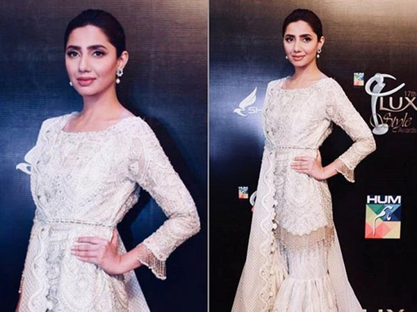 mahira khan at lux style awards