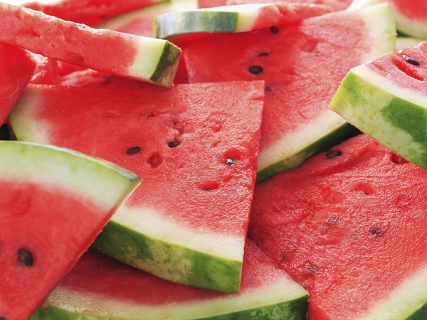 watermelon-face-masks-that-you-should-try-this-season