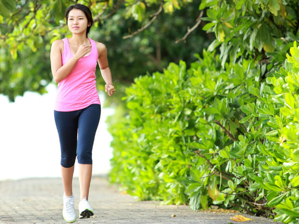 Walking may boost women's chances of pregnancy