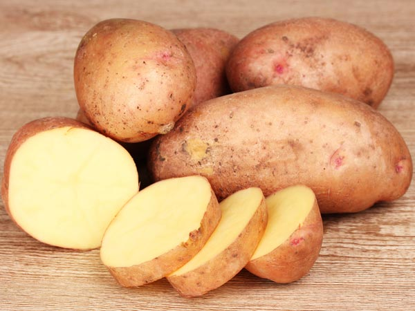 Sweet Potatoes Vs White Potatoes: Which Is Better?