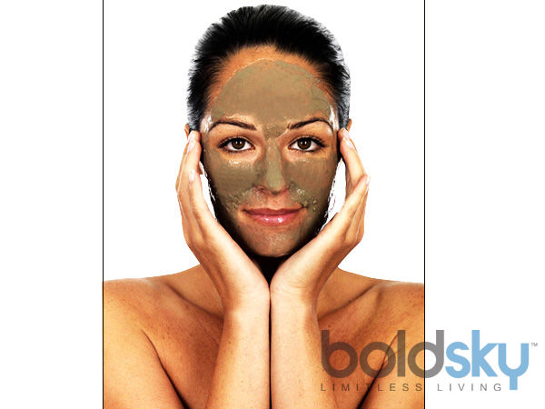 Red Clay And Ginger Juice Mask To Treat White Patches On Your Skin
