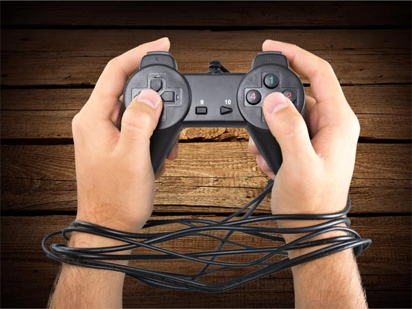 What Is 'Gaming Addiction'? What Are Its Symptoms & Treatment?