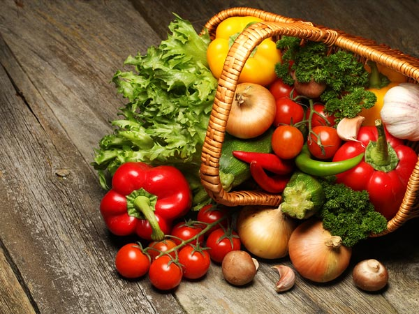 Raw Food Diet : Benefits And Side Effects You Should Know