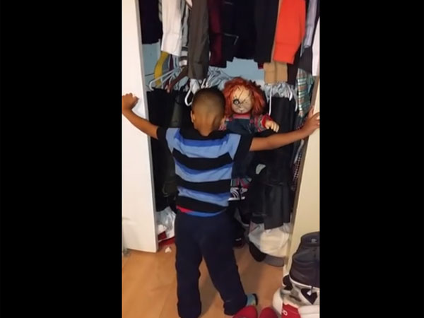 Dad Plays A Prank On His Kids With A Terrifying Chucky Doll