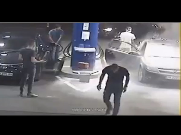 Man Got Instant Karma For Being A Jerk!