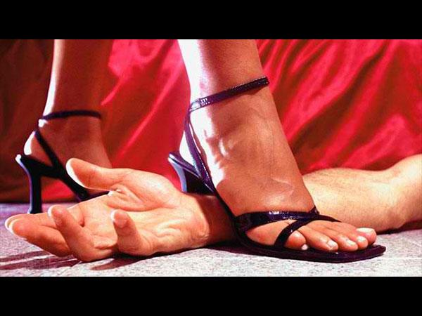 <strong>Most Read :నా భార్య నాతో సెక్స్ చేయించుకోనని తెగేసి చెబుతోంది, ఏం చెయ్యమంటారు?</strong>