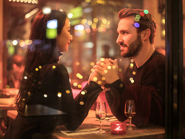 Tips to Avoid Awkward Silence On A Date