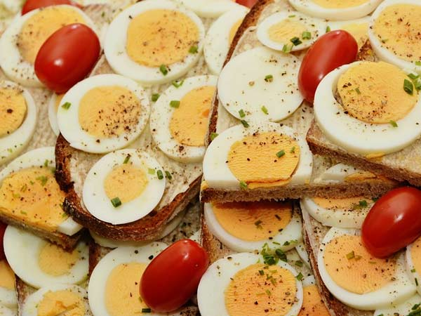 Eggs for Breakfast May Benefit Type-2 Diabetic Patients,