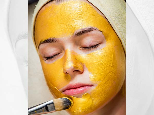 How Curd And Turmeric Face Pack Protects Skin From Ageing,