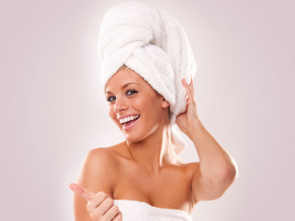 2. The choice of towel to dry the hair is Vital