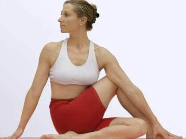 Benefits of Vakrasana: Do this yoga asana to lower blood sugar levels, tone your tummy and thighs