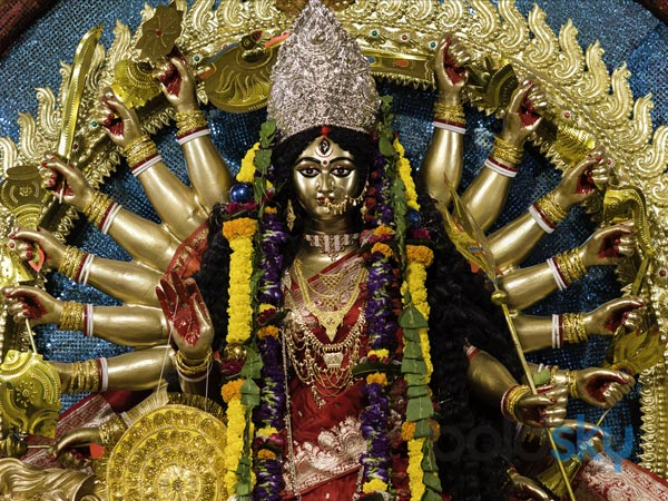 నవరాత్రి: తొమ్మిది రోజులు దేవిని ఆరాధించడానికి 'శక్తివంతమైన' మంత్రాలు