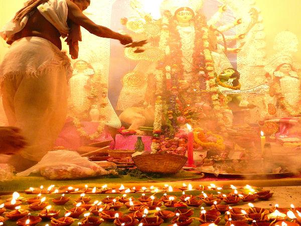 నవరాత్రులు 2020 : ఆయుధ పూజకు ఎందుకంత ప్రాధాన్యత ఉందో తెలుసా...!