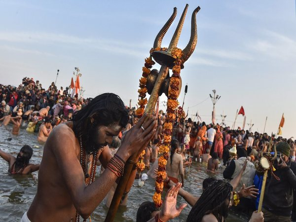 Kumbh Mela 2021 : మహా కుంభమేళా గురించి ఈ ఆసక్తికరమైన విషయాలు మీ కోసమే...!