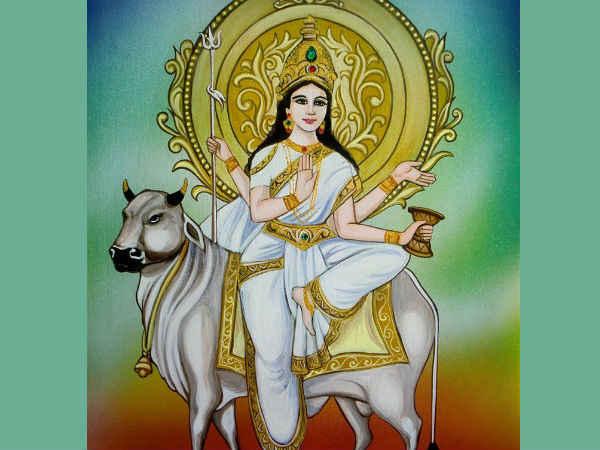 నవరాత్రి 8వ రోజు: ఆ మహా గౌరీని పూజింపడం ద్వారా జీవితంలోని దు:ఖాలు మరియు కష్టాలు తొలగిపోతాయని నమ్మకం
