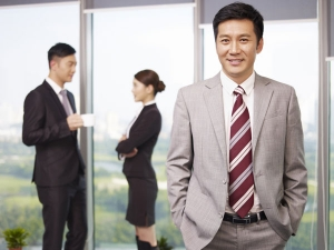 Are There Any Benefits Having Male Boss