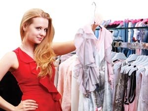 How Do Women Choose Fashion Products Aid