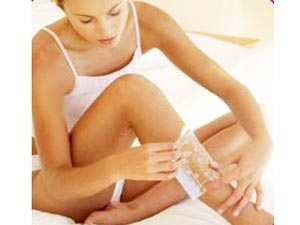 How Make Your Own Homemade Sugar Waxing