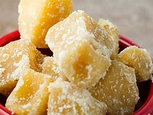 Wonderful Health Benefits Eating Jaggery During Pregnancy