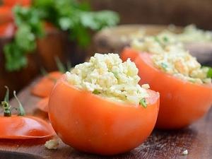 Stuffed Tomatoes Malai Gravy