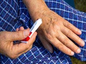 Ways Ease Arthritis Pain Hands