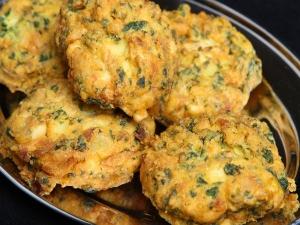Palak Pakora Healthy Evening Snack
