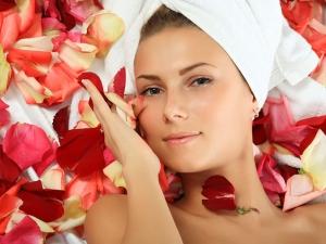 Natural Beauty Benefits Rose Petals