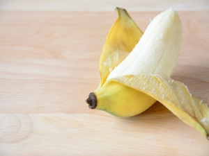 Beauty Benefits Banana Peels