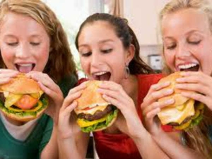 Why Indians Have Fallen Love With Junk Food Telugu