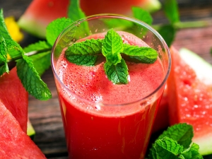 Watermelon Smoothies Recipe Detoxification