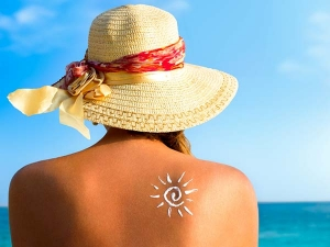 Suffered A Sunburn Home Remedies And Five Steps To A Glowing Skin