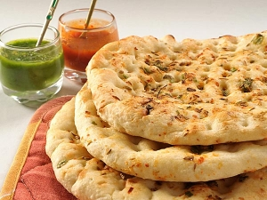 Easy Prepare Paneer Kulcha Recipe