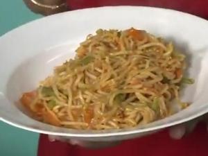 How Prepare Simple Sesame Noodles
