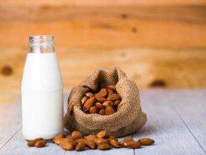 Top Benefits Almond Milk Total Body Health