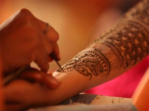 Tips Get Dark Deep Mehendi Colour On The Hands