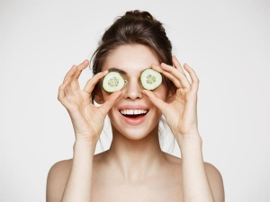 Ways Cucumber Slice Can Benefit Your Eyes