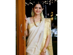 Significance Of White Saree And Gold During Onam
