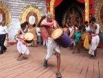 Ways Keep Your Heart Healthy During Durga Puja