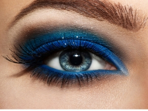 15 Make Up Mistakes That Are Hurting Your Eyes